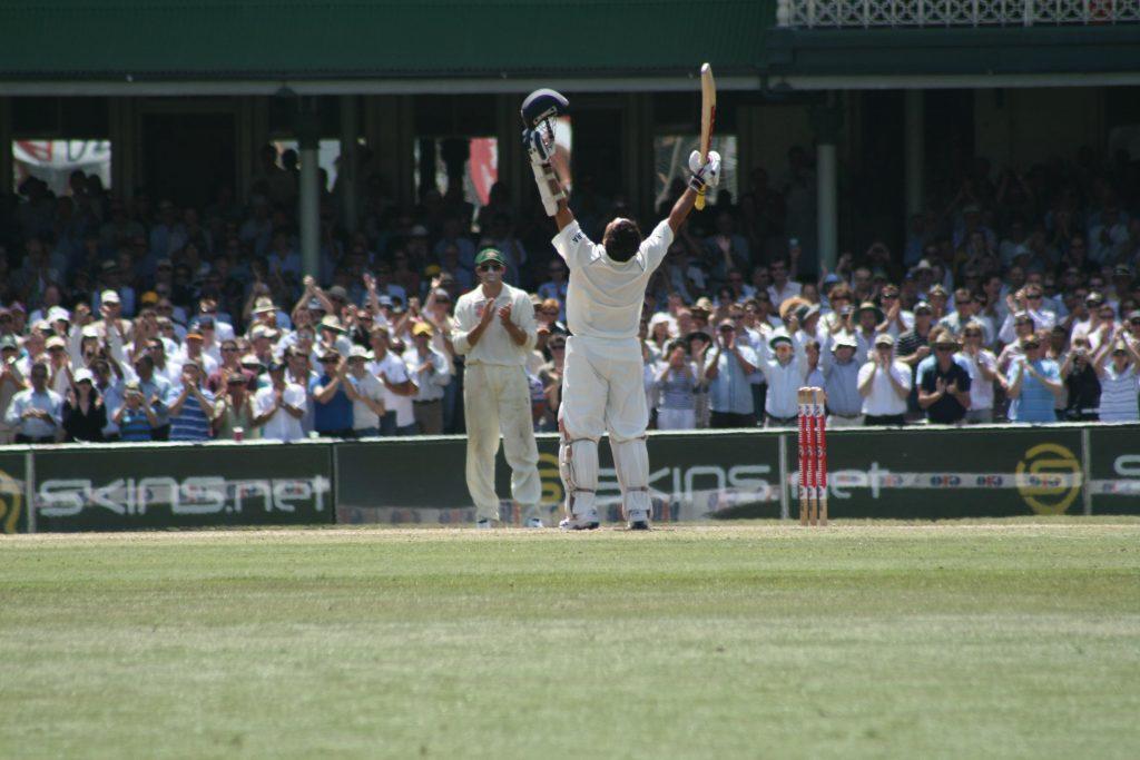 Sachin Tendulkar celebrates his century against Australia, 4th Jan 2008
