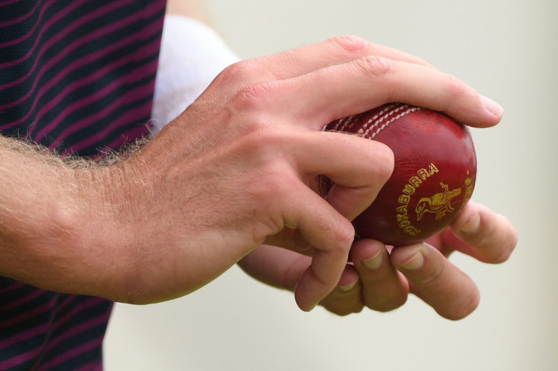 Swing-Seam-Bowling-Cricket-feat