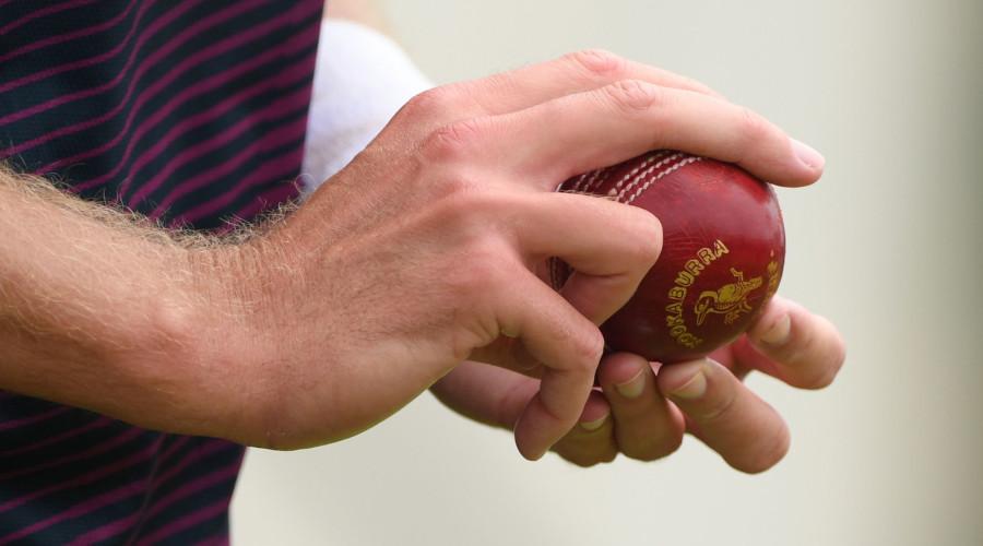 Swing Seam Bowling Cricket