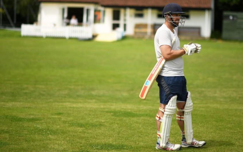 cricket-bowl-feat