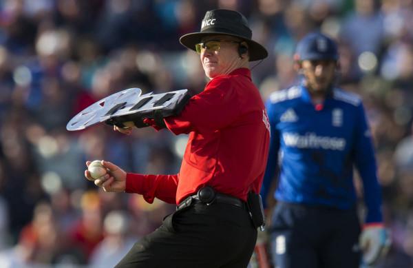 Cricket Umpire Shield