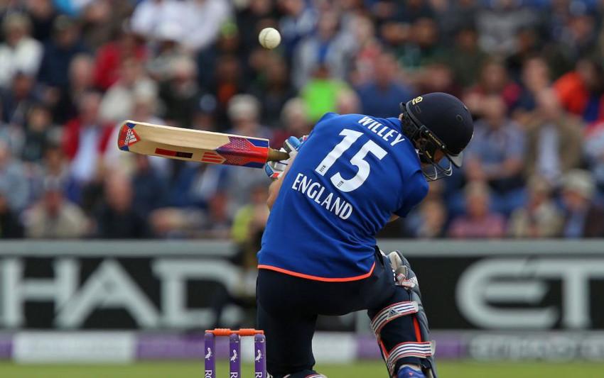 Beamer-in-Cricket-feat